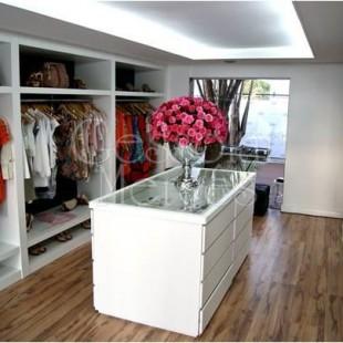 Gesso closet